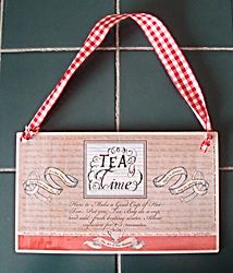 Fanitsa Petrou Art. Gifts for Tea lovers. Wooden signs with messages about Tea, tea drinking.