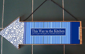 Fanitsa Petrou Art. Blue & White. Wooden arrows. Trays, wooden signs. Traditional. Home decor.
