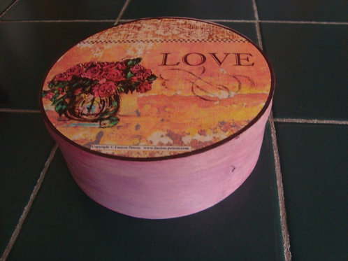 """Lover"" wooden box"