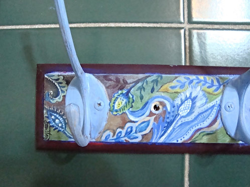 Hand painted hanger - blue & bordeaux
