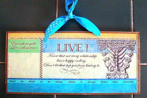 """""""LIVE / Love- wooden sign"""