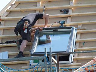 Exigez des professionnels pour la pose de votre fenêtre de toit Vélux
