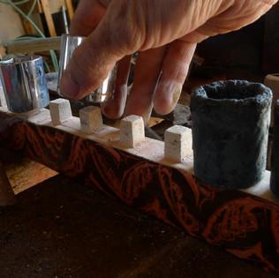Ceramic socket clip