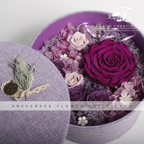 Preserved Rose in Round Giftbox