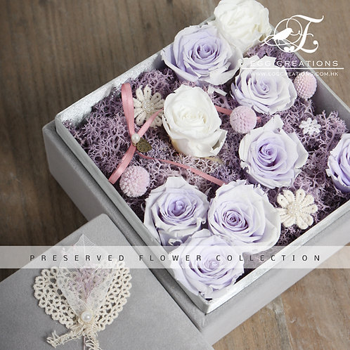 Preserved Roses in Velvet Giftbox