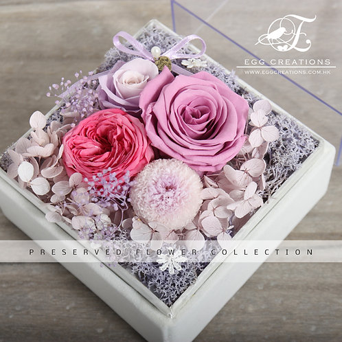 Preserved Rose, Mum, Garden Rose in Display Box