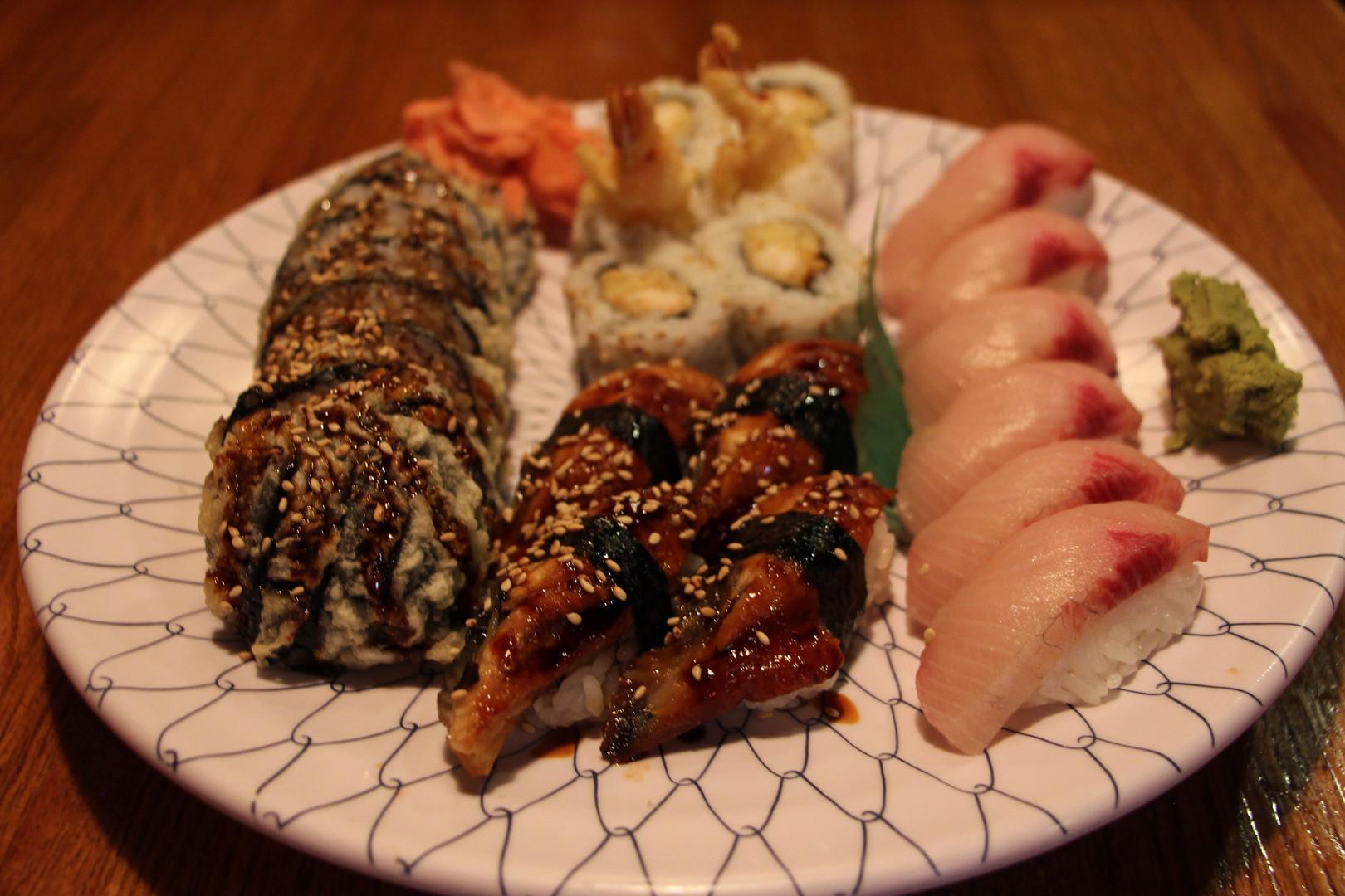 Sushi & Roll Platter
