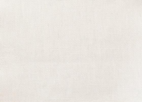 A7809 White