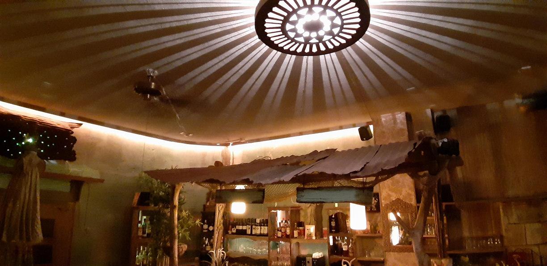restaurant-tuyo-la-gomera-deckenlampe.JP