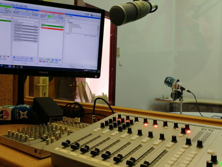 Ràdio Móra la Nova renueva su equipamiento broadcast
