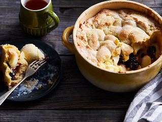 Apple and Blackberry Shortcake