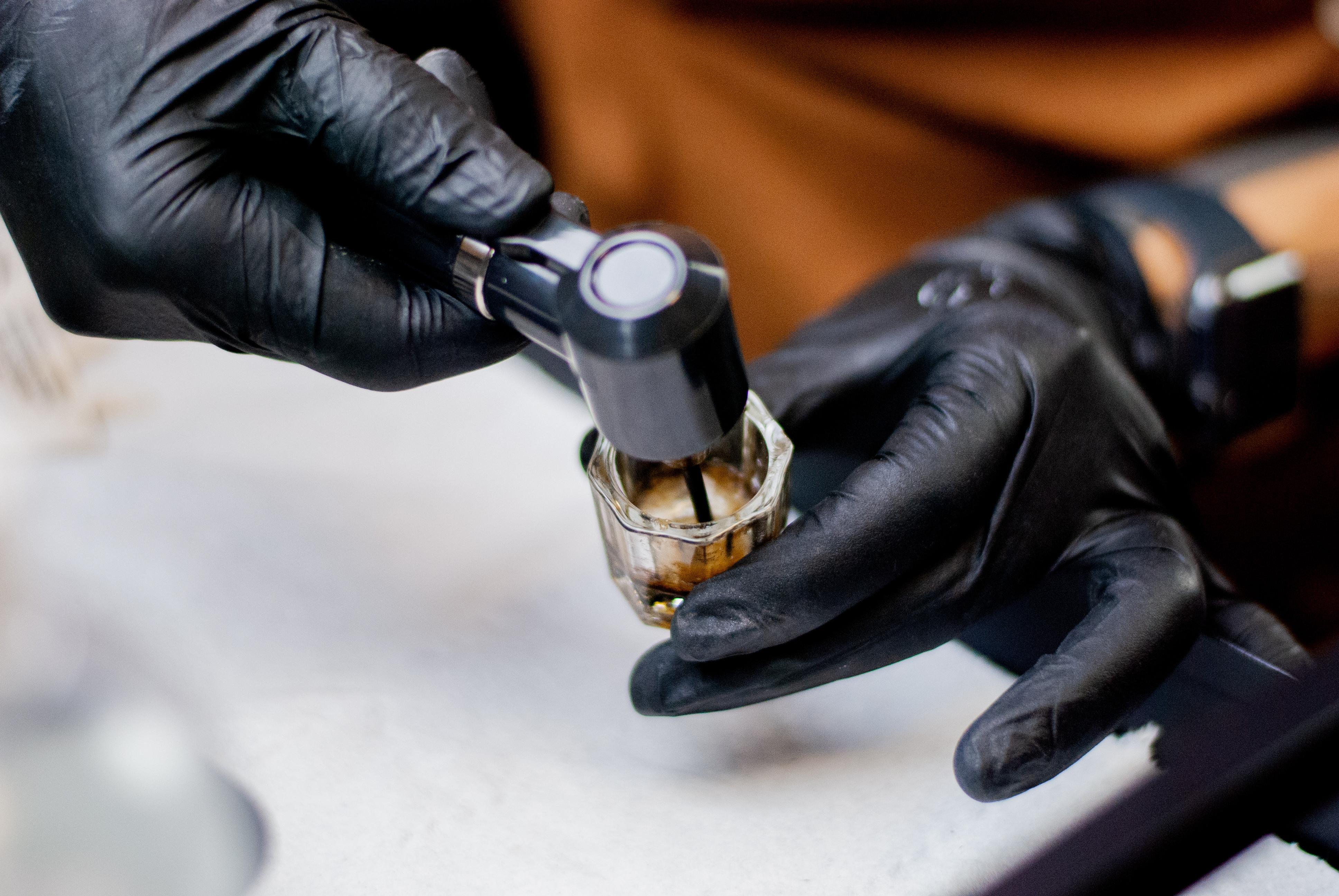 Henna Treatment Application