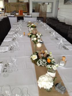 Chemin de table mariage à l'hôtel La Maison sur l'Eau