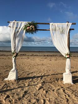 Arche cérémonie laïque sur la plage