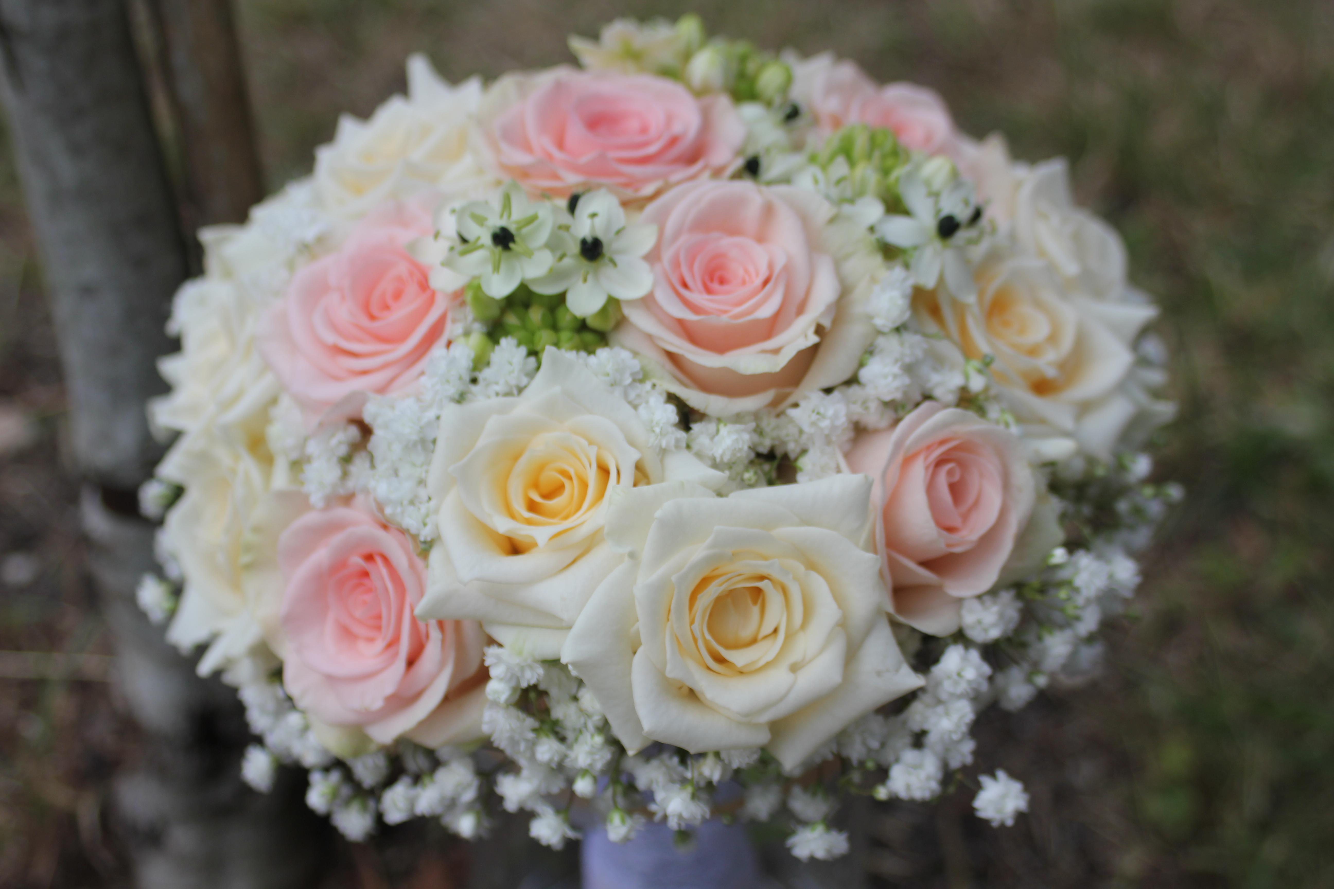 Bouquet de mariée champagne et poudré