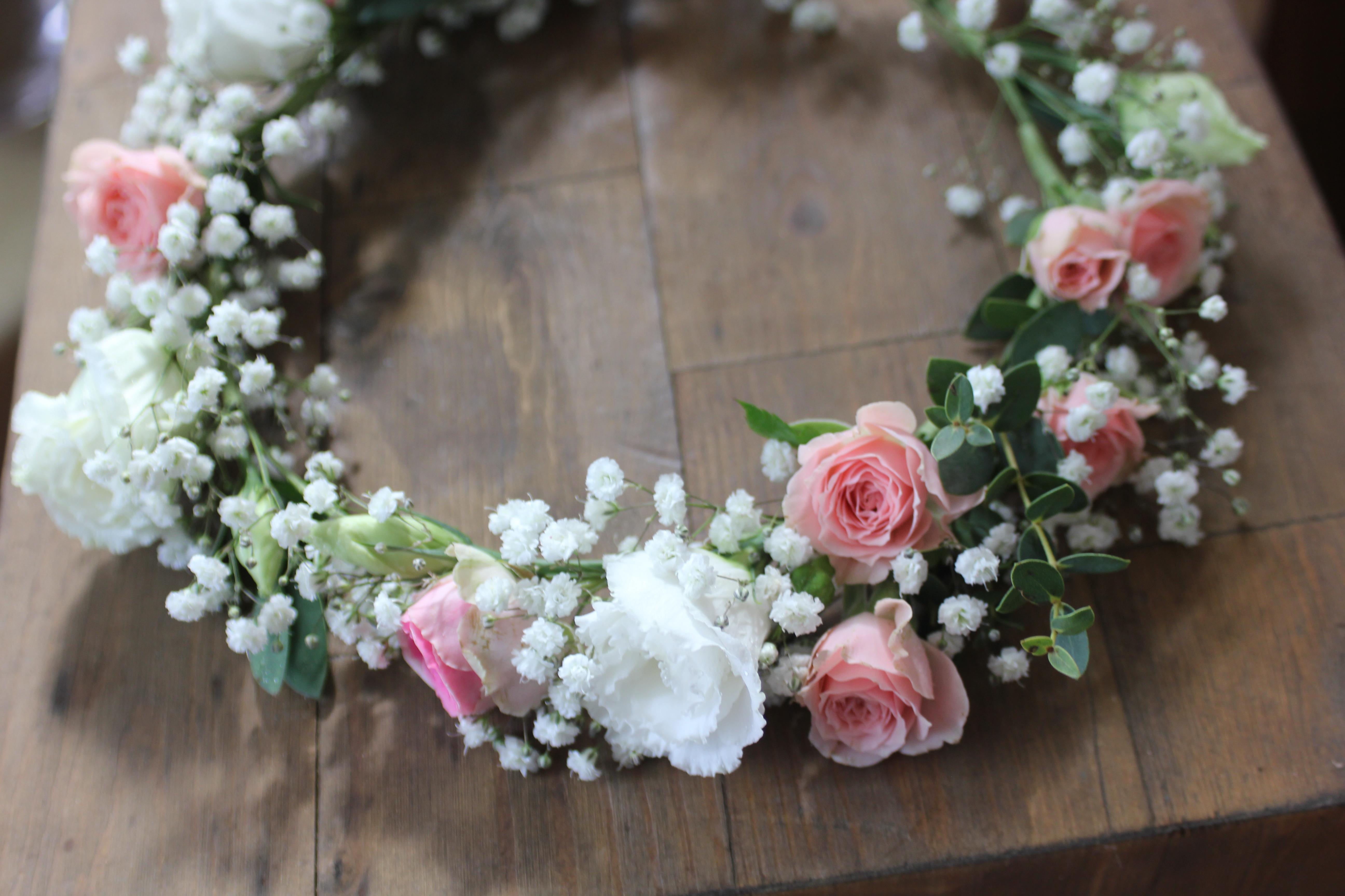 Détail de la couronne de la mariée
