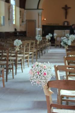 Bouts de banc bouquets de gypsophile et mini eden