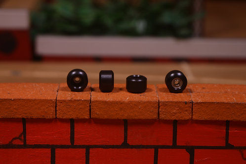 DKfb Black Plastic Wheels