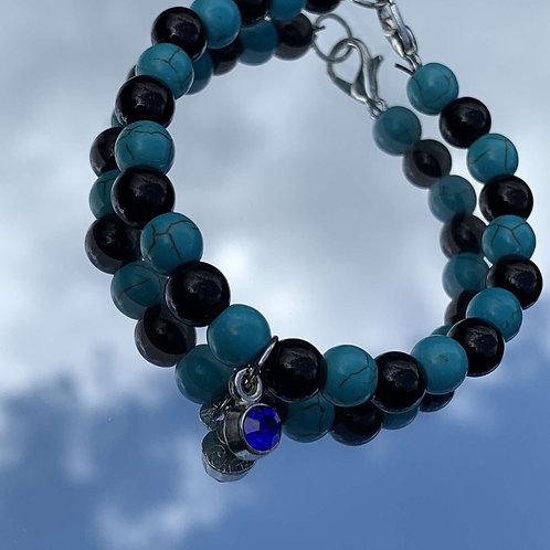 Turquoise and onyx beaded bracelet
