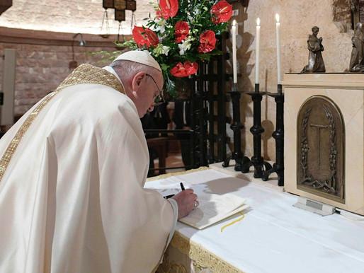 """""""Fratelli tutti"""", l'enciclica contro la """"cultura dei muri"""""""