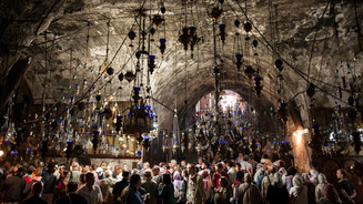 Orthodox pilgrims to the Virgin's Holy Sepulchre