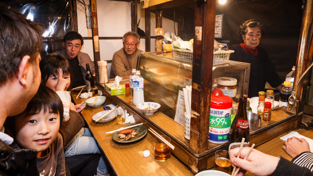 Life and dinner into an Yatai