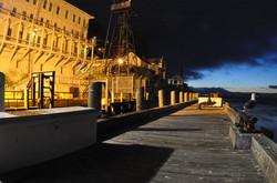 Alcatnight.Pier