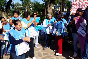 Reclamos en Libertador por trabajadores municipales despedidos
