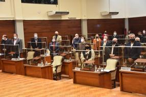 La Legislatura ratificó la obligatoriedad de vacunación para los empleados públicos