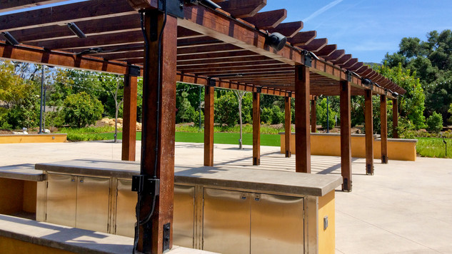 Los Robles Outdoor Event Facility