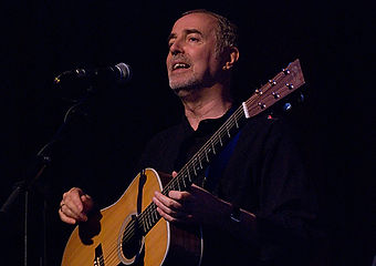Colin Henderson - Live onstage