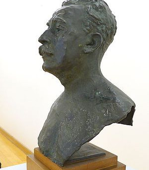 Buste de bronze signé Auguste Rodin à Clermont-Ferrand
