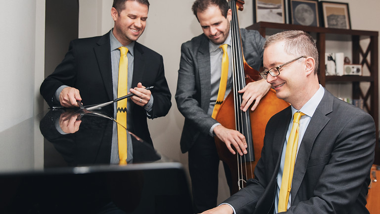 Chris White Quartet -  It's the Great Pumpkin Charlie Brown!