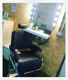 Brow chair! Straight from _belletoujours