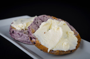Bagel with Mascarpone Cheese