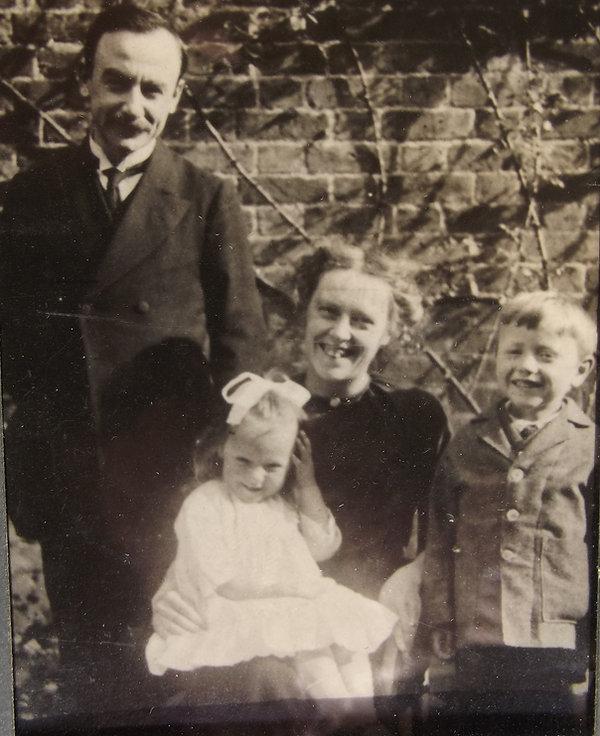 grandded Bentley, Iris and Cyril.jpg