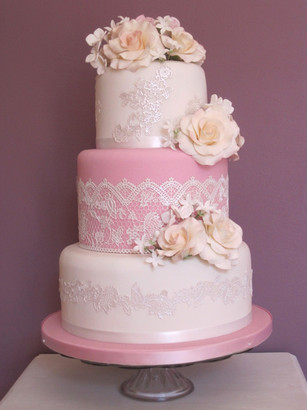 Sweet pink and white lace design wedding cake