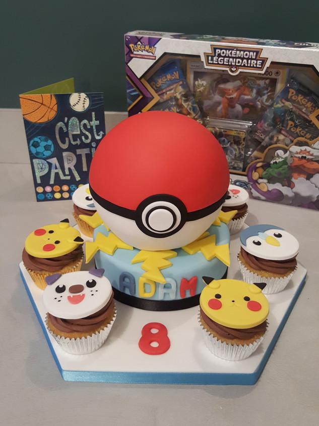 Pokemon, pokeball cake and cupcakes