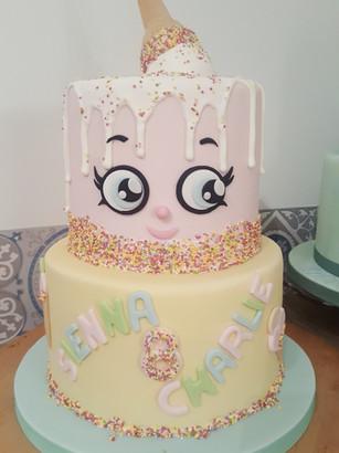 Icecream cone theme birthday cake