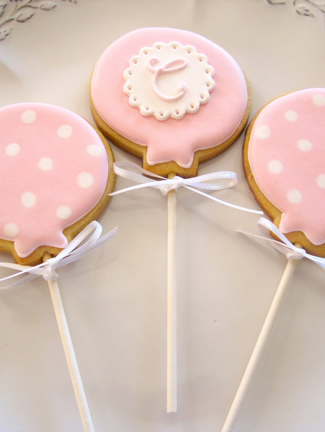 Baloon biscuits