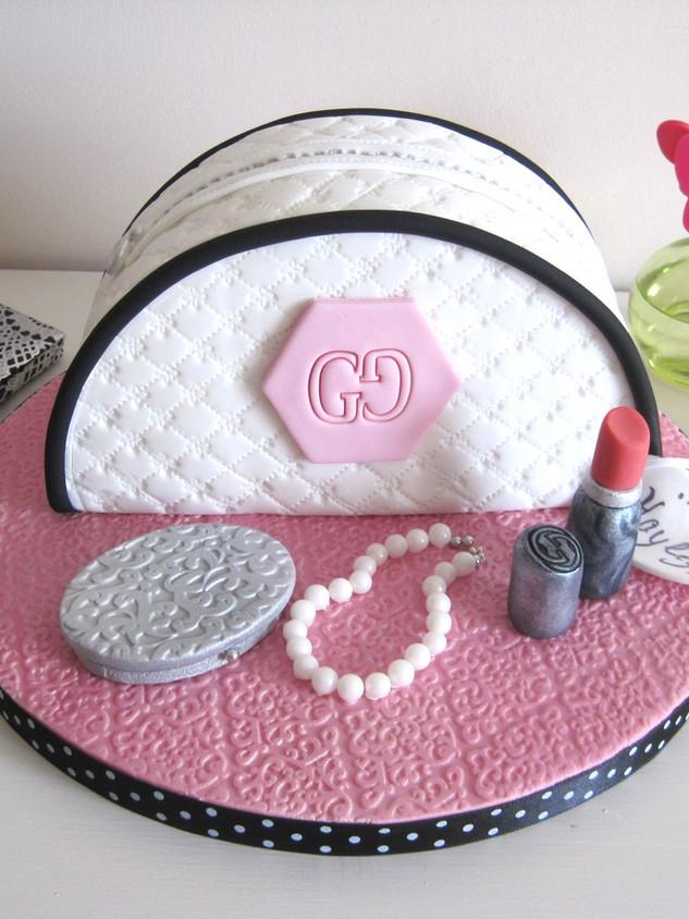 Women's birthday cake, make-up theme
