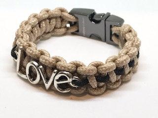 Khaki Love