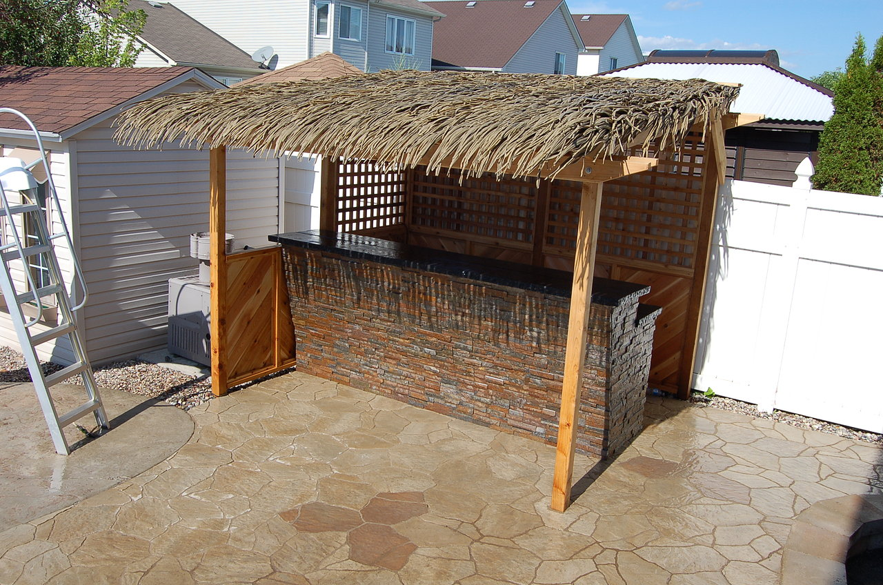 Poolside Tiki Bar