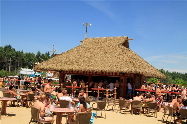 Calypso Waterpark Tiki Bar
