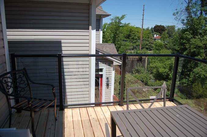 Cedar Deck Glass Rail