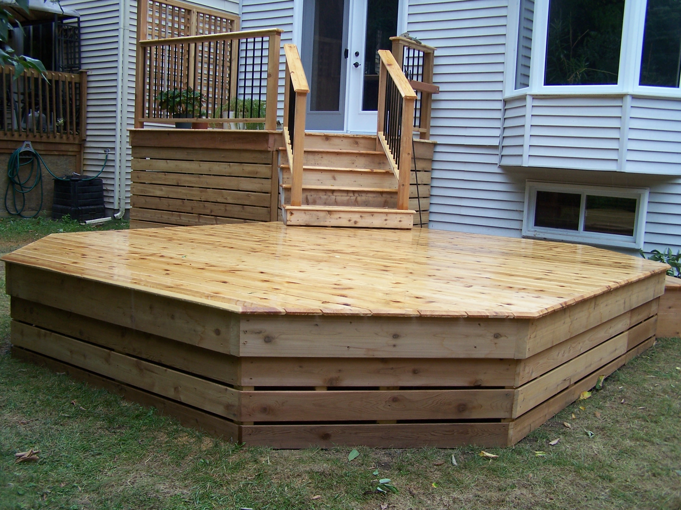 Cedar Deck, Privacy Screen
