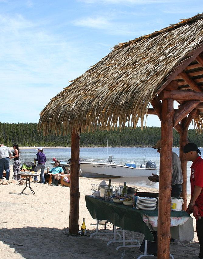 Tiki Hut Paradise Tahiti Hut