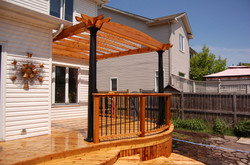 Curved Deck & Rail with Pergola