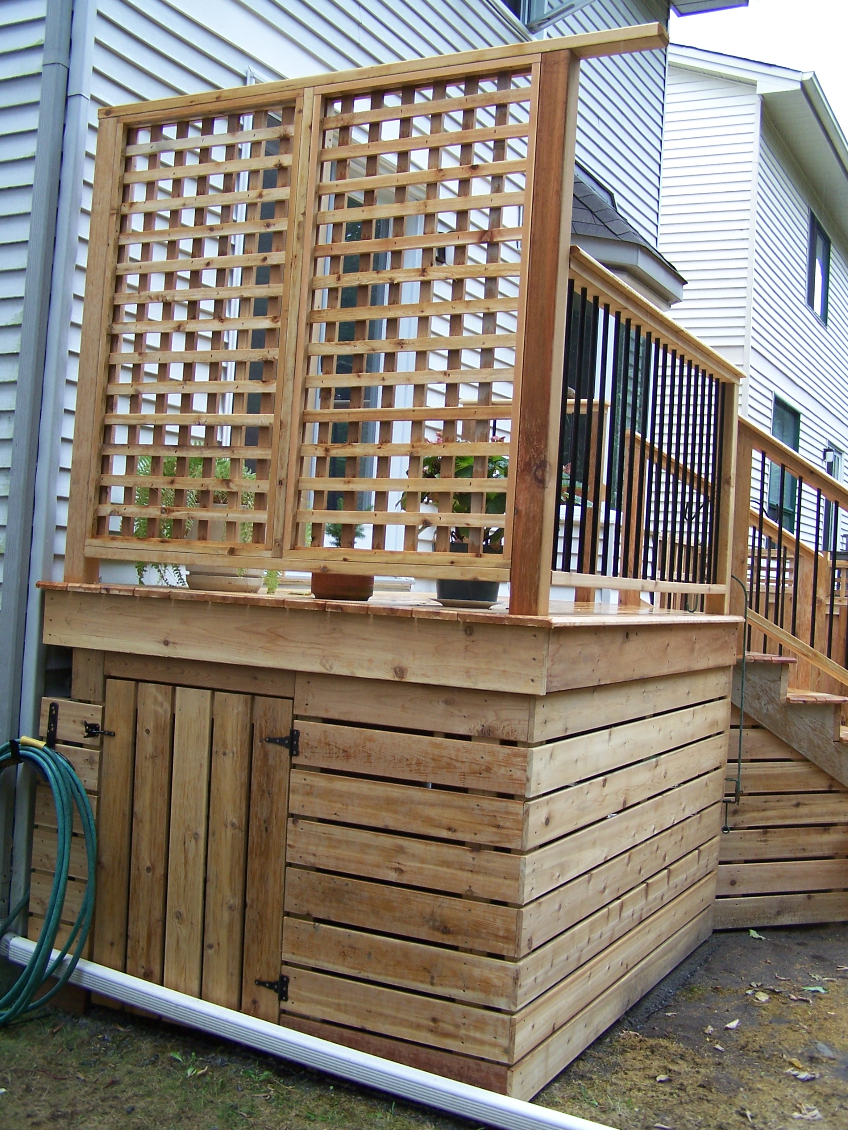Deck, Privacy Screen and Storage
