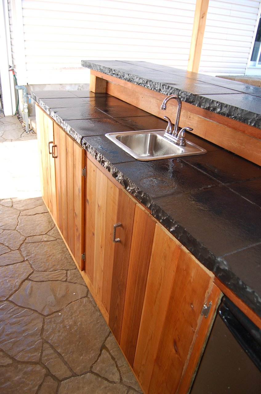 Tiki Bar-Black Natural Stone Bar Top